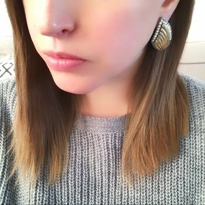 Jewelry - Wing shaped earrings gold and silver